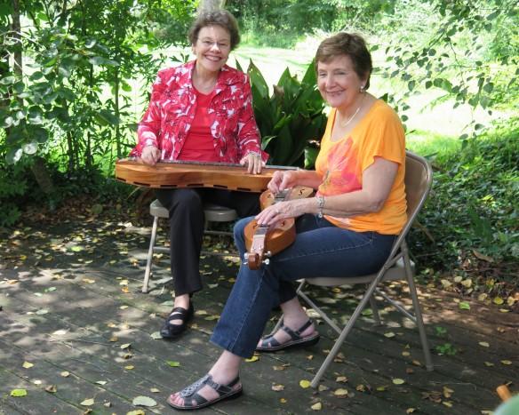 Helen and Peggy - Backyard - 2 - IMG_3399_1