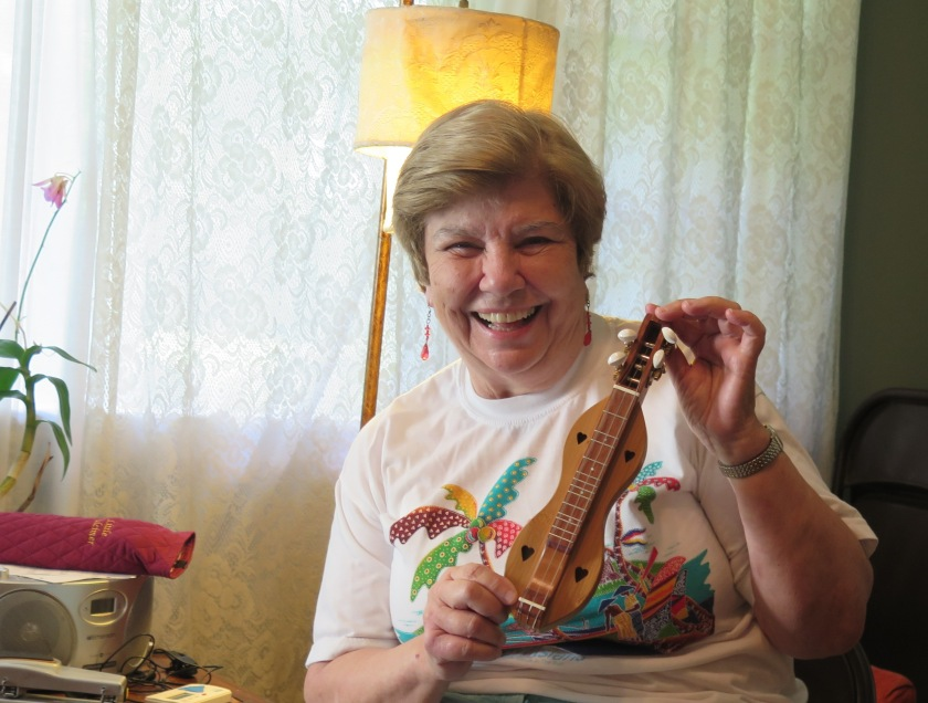 Marie Williams and Littlest Dulcimer - IMG_3938