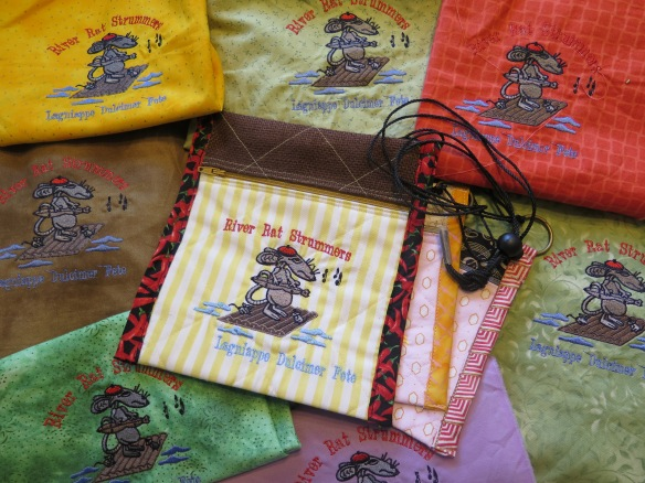 Gaspard Embroidery - Many Rats - IMG_4825