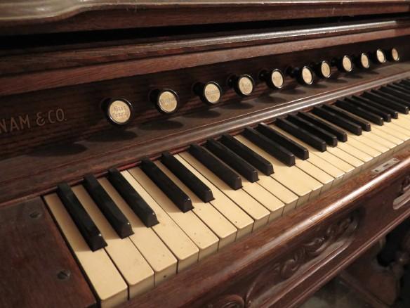 Pump Organ - IMG_6077_1