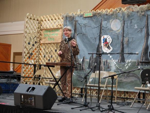 Sue Carpenter performing - IMG_7827