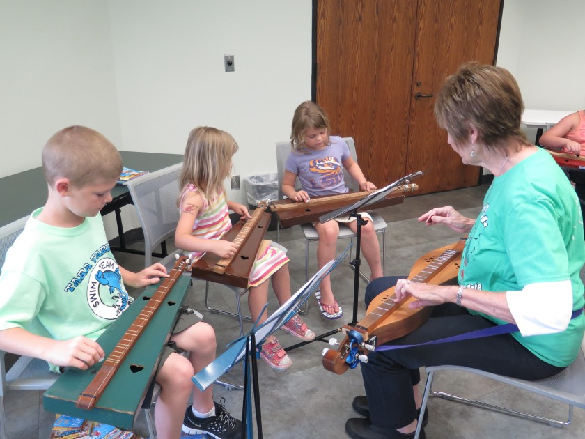 Learning the Dulcimer - IMG_9468_1