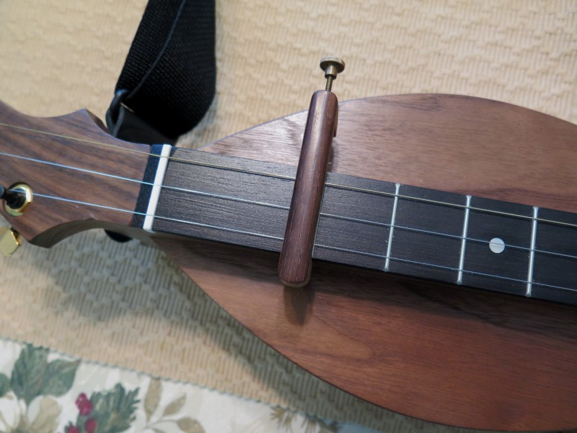 capo-next-to-first-fret-img_1476_1